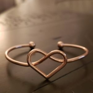 Rose gold heart shaped bracelet